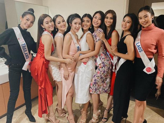 Trước giờ Chung kết Miss International, Tường San gặp sự cố gãy mấn áo dài trang phục dân tộc - Ảnh 4.