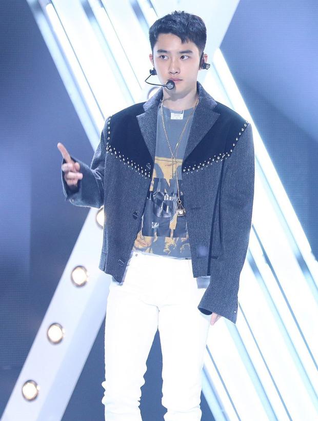 EXO đúng là boygroup giỏi toàn diện: Là một nhóm thì chuẩn ông hoàng Kpop, tách lẻ ra mỗi người đều nổi bần bật với những sở trường riêng - Ảnh 10.