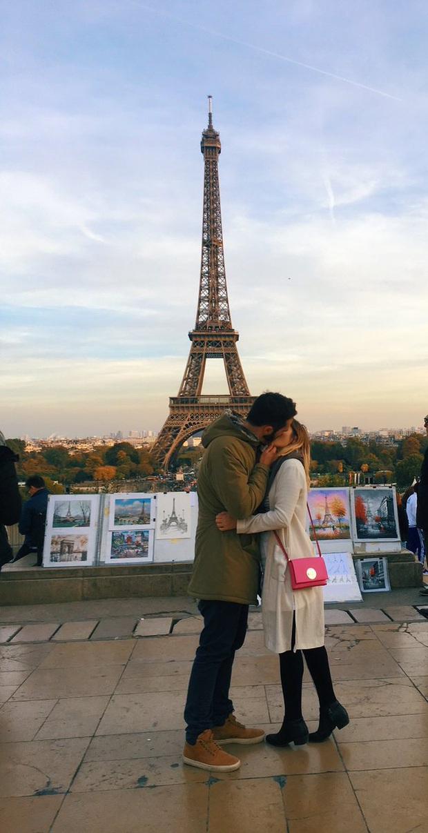 Người lạ ơi cho tôi mượn nụ hôn - cách cô gái xinh đẹp sở hữu loạt ảnh lãng mạn khi du lịch vòng quanh thế giới dù vẫn độc thân - Ảnh 1.