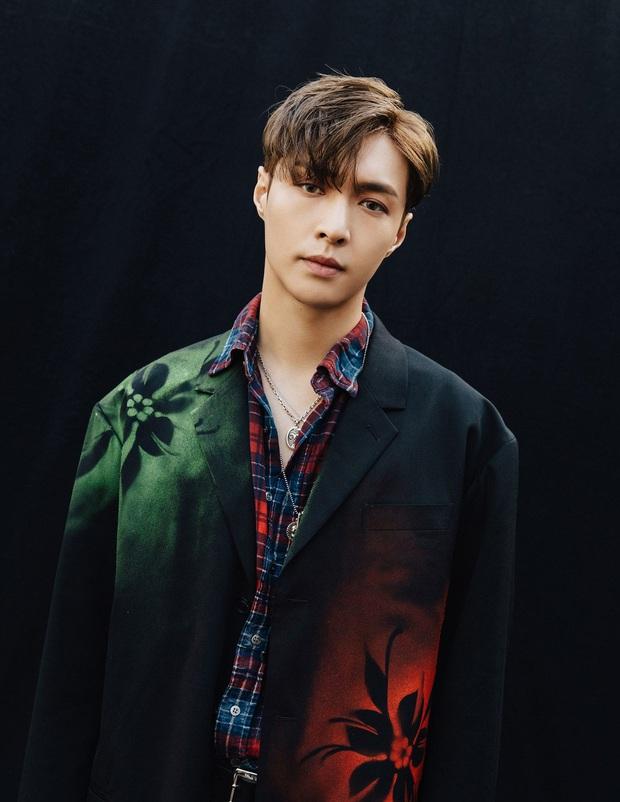 """Quá khứ làm vũ công phụ họa của loạt idol đình đám: Anh em BTS nhảy phụ cho đàn anh cùng nhà, Kang Daniel diễn cảnh tình tứ với mỹ nhân """"bốc lửa"""" - Ảnh 20."""