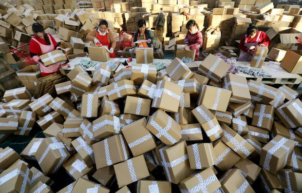 Ngày độc thân: Sự kiện mua sắm lớn nhất thế giới hay ngày hội xả rác thải bao bì? - Ảnh 2.