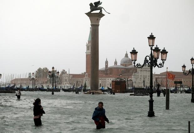 Venice huyền thoại có thể chìmtrong nước lũ - Ảnh 1.