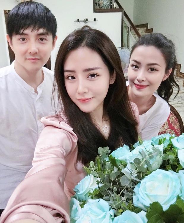 Em chồng Đông Nhi: Diện áo dài hồng ngọt ngào, tay xách túi hơn 100 triệu nhưng nhan sắc tuổi 30 mới là điều dân tình ngưỡng mộ nhất - Ảnh 11.