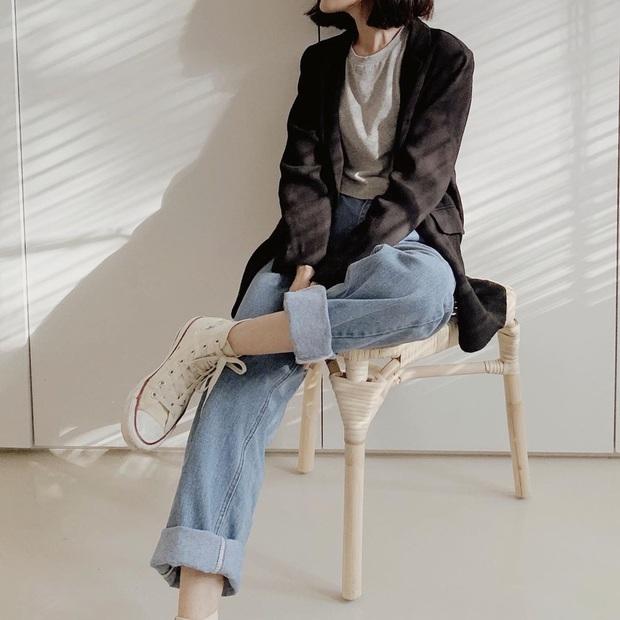 Diện quần jeans, chưa chắc là bạn đã có vẻ ngoài sành điệu nếu không mix với 4 mẫu giày sau đây - Ảnh 11.