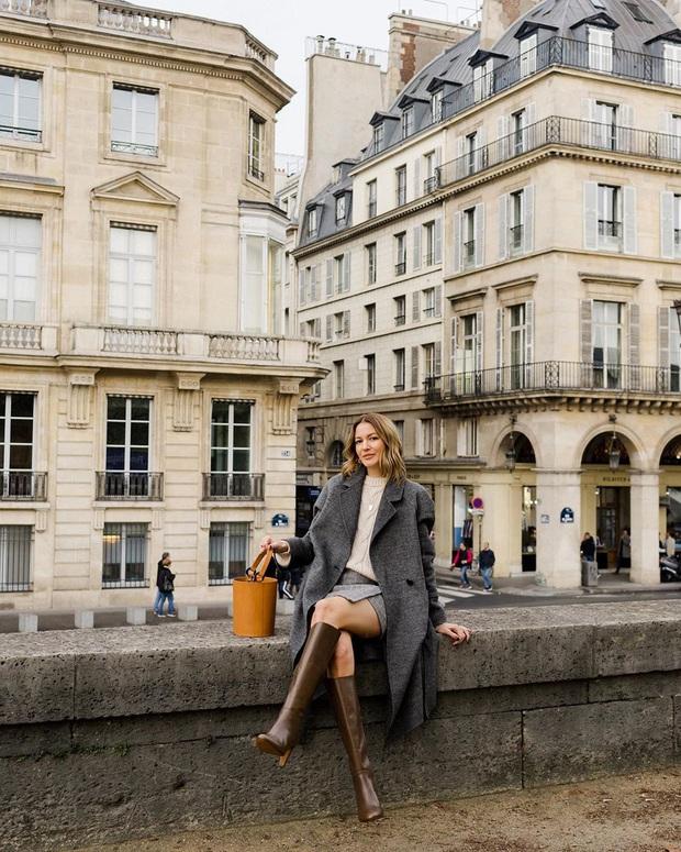 Không thể kìm lòng trước 5 cách diện áo len đẹp xỉu của phụ nữ Pháp, bạn sẽ muốn áp dụng bằng hết mới được - Ảnh 17.