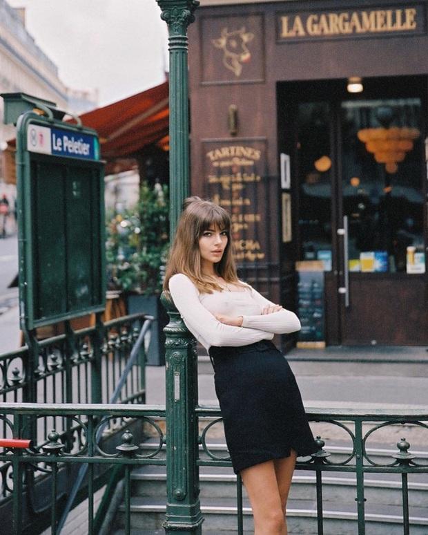 Không thể kìm lòng trước 5 cách diện áo len đẹp xỉu của phụ nữ Pháp, bạn sẽ muốn áp dụng bằng hết mới được - Ảnh 18.