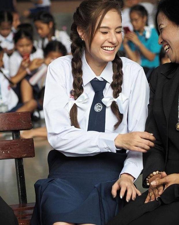 Dàn mỹ nhân Thái lột xác khi diện đồng phục học sinh: Baifern, Taew quá xinh nhưng chưa đỉnh bằng chị đại trường học - Ảnh 30.