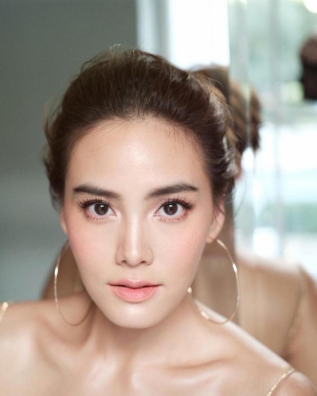 Dàn mỹ nhân Thái lột xác khi diện đồng phục học sinh: Baifern, Taew quá xinh nhưng chưa đỉnh bằng chị đại trường học - Ảnh 34.
