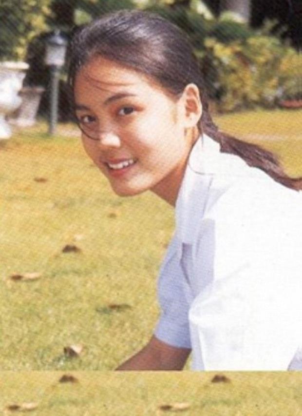 Dàn mỹ nhân Thái lột xác khi diện đồng phục học sinh: Baifern, Taew quá xinh nhưng chưa đỉnh bằng chị đại trường học - Ảnh 35.