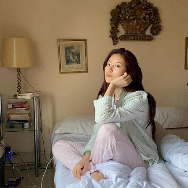 Thánh mặt mộc Suzy lại khuấy đảo MXH: 1 nét ảnh không son phấn mà leo thẳng lên top Naver - Ảnh 1.