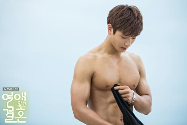 SBS tung tin hẹn hò của nam thần Jinwoon (2AM) và idol bốc lửa Kyungri (9MUSES): Cặp đôi sexy nhất Kbiz là đây! - Ảnh 8.