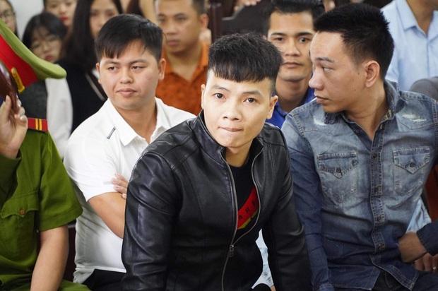 Giang hồ mạng Khá Bảnh bị tuyên 10 năm 6 tháng tù giam, truy thu gần 5 tỷ đồng - Ảnh 9.
