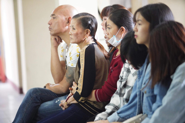 Giang hồ mạng Khá Bảnh bị tuyên 10 năm 6 tháng tù giam, truy thu gần 5 tỷ đồng - Ảnh 16.