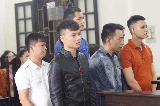 Giang hồ mạng Khá Bảnh bị tuyên 10 năm 6 tháng tù giam, truy thu gần 5 tỷ đồng - Ảnh 15.