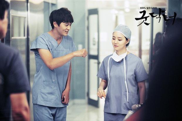 7 nam thần thiên tài ở phim Hàn khiến hội chị em muốn xỉu: Ai còn nhớ trí tuệ đột biến của cụ giáo không ta? - Ảnh 8.