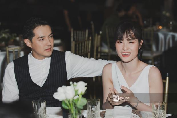 Hậu đám cưới thế kỷ, Đông Nhi tiết lộ sụt 1,5kg nhưng vẫn xuất hiện cực xinh bên ông xã Ông Cao Thắng tại tiệc cảm ơn - Ảnh 4.