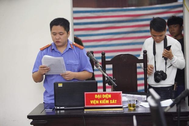Giang hồ mạng Khá Bảnh bị tuyên 10 năm 6 tháng tù giam, truy thu gần 5 tỷ đồng - Ảnh 23.