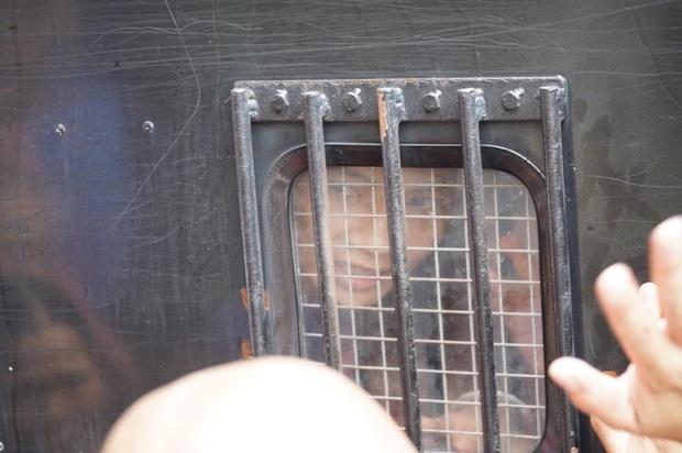 Giang hồ mạng Khá Bảnh bị tuyên 10 năm 6 tháng tù giam, truy thu gần 5 tỷ đồng - Ảnh 29.