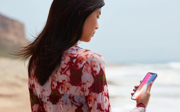 Vụ án nữ sinh ngủ say bị lấy vân tay rút trăm triệu ở Đà Nẵng: Càng cho thấy giá trị của Face ID trên iPhone - Ảnh 2.