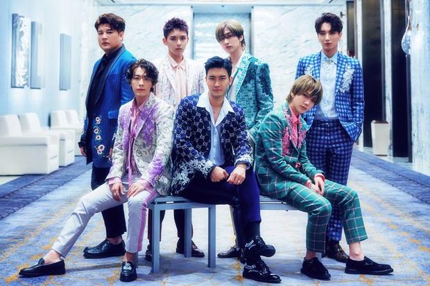 Vừa nghe tin VNELF là đơn vị tài trợ AAA 2019, Yesung (Super Junior) liền đăng bài đầy tự hào khoe fandom Việt trên Instagram - Ảnh 2.