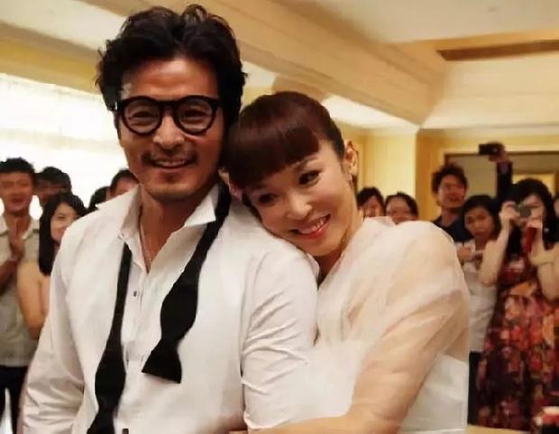 Những cặp đôi phim giả tình thật thảm nhất châu Á: Song Hye Kyo bị réo gọi tận 2 lần, nhưng khổ nhất là Châu Du Dân - Ảnh 23.