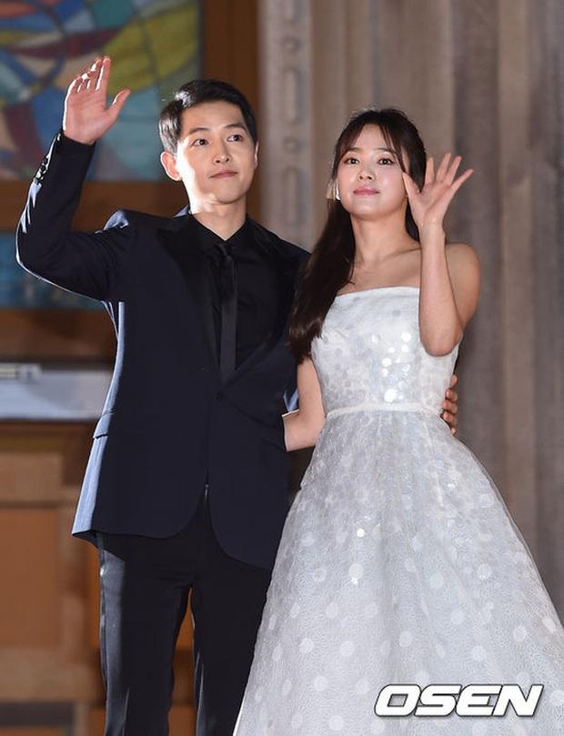 Những cặp đôi phim giả tình thật thảm nhất châu Á: Song Hye Kyo bị réo gọi tận 2 lần, nhưng khổ nhất là Châu Du Dân - Ảnh 6.