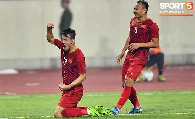 Báo UAE bái phục trước tài năng của thầy Park, ngồi liệt kê các HLV cay đắng mất việc sau khi nhận thất bại trước tuyển Việt Nam - Ảnh 1.