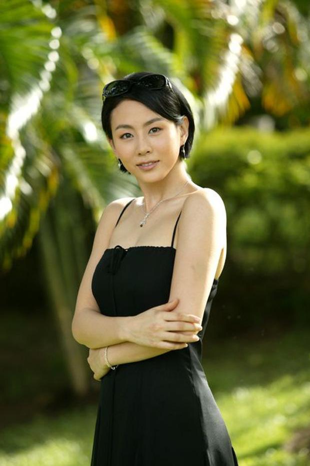 Chớp mắt thấy Chuyện Xảy Ra Ở Bali đã chiếu được 15 năm: Ha Ji Won giữ mãi thanh xuân, nam thần Châu Á So Ji Sub già nua chấn động - Ảnh 18.