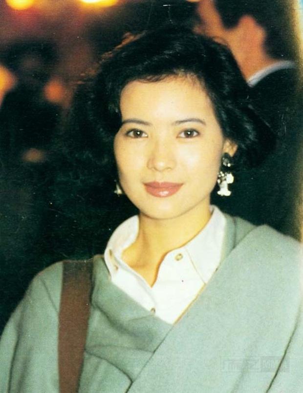 Nhan sắc kinh diễm thuở đôi mươi ngọc nữ bạc mệnh Lam Khiết Anh: Mỹ nhân đẹp nhất 5 đài truyền hình Hong Kong là đây - Ảnh 11.