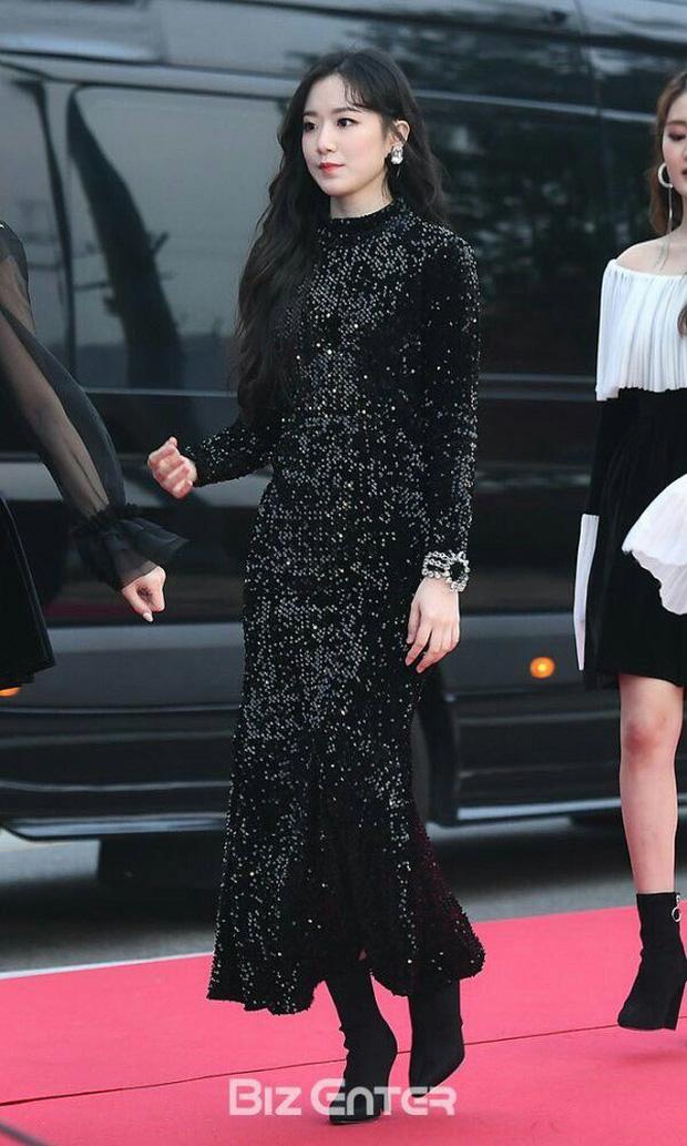 Đây là dàn nữ thần Kbiz sắp khiến thảm đỏ AAA 2019 ở Việt Nam nổ tung: Yoona, Thư ký Kim hay thiên thần lai đỉnh hơn? - Ảnh 31.
