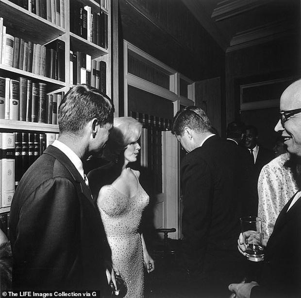 Tiết lộ bất ngờ về Marilyn Monroe tại sinh nhật Tổng thống Mỹ Kennedy - Ảnh 4.