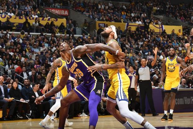"""NBA 19-20: Áp đảo ở khu vực dưới rổ, Los Angeles Lakers dễ dàng """"hủy diệt"""" Golden State Warriors - Ảnh 2."""