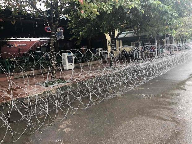 Hoàn tất công tác an ninh, chuẩn bị đón khán giả tới sân cổ vũ trận đấu giữa Việt Nam và UAE trước 4 tiếng bóng lăn - Ảnh 4.