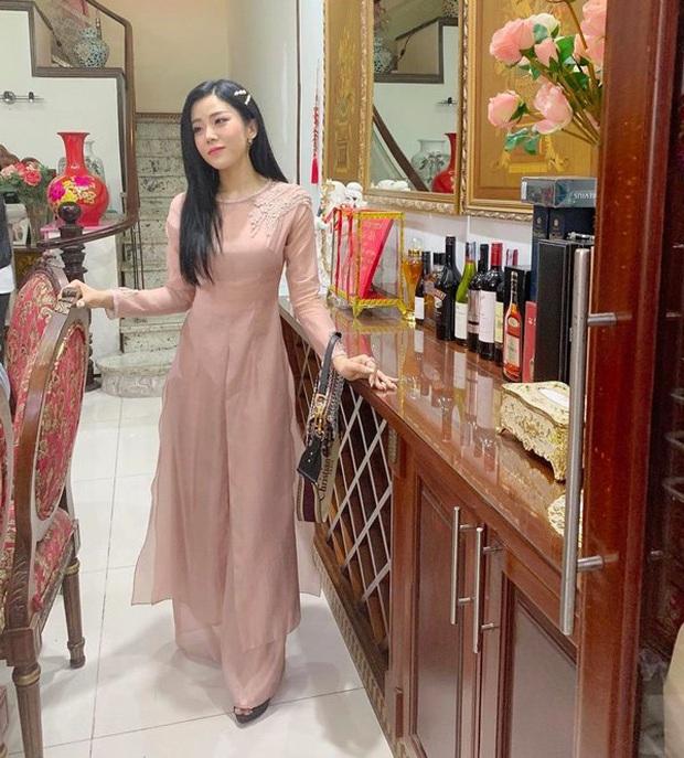 Cặp chị dâu em chồng Đông Nhi - Thoại Liên: Tình cảm thân thiết suốt 10 năm, đến gu thời trang cũng đồng điệu khi cùng mê chiếc túi hơn 80 triệu - Ảnh 3.