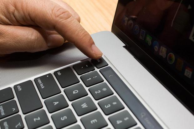 Với bàn phím trên MacBook Pro 16 inch mới, Apple đã thừa nhận sai lầm và chấp nhận thay đổi - Ảnh 3.
