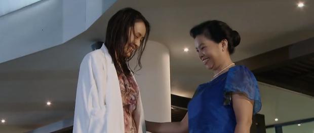 Siêu đầu bếp lộ diện trong Hoa Hồng Trên Ngực Trái: Có lẽ nào là mẹ ruột của Khuê? - Ảnh 3.