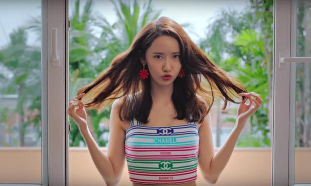 Cuộc đụng độ giữa 3 mỹ nhân Big 3 làng Kpop: Tiến bối Yoona có lấn át Jennie và Nayeon khi cùng diện một mẫu váy sexy? - Ảnh 1.