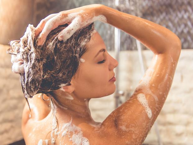 Mùa lạnh cứ trốn tắm hàng ngày đi vì nó có thể... có lợi cho sức khoẻ của bạn - Ảnh 2.