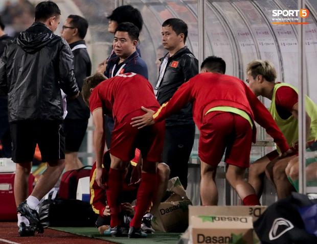Tân binh gợi nhớ Xuân Trường với chiếc áo số 6 trong trận đấu ra mắt đội tuyển Việt Nam - Ảnh 3.