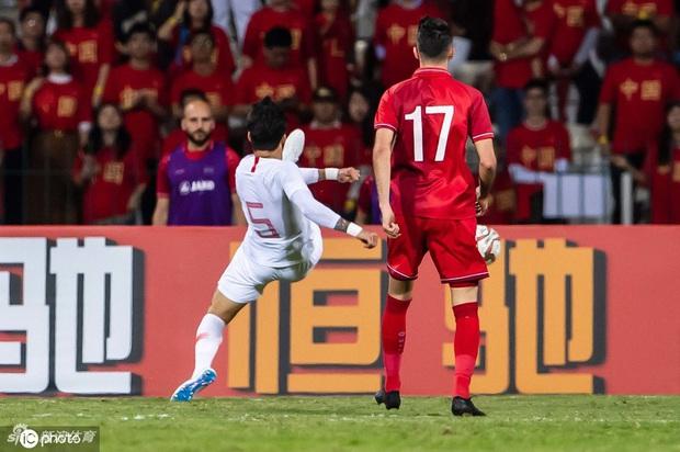 Syria 2-1 Trung Quốc: Học trò phản lưới ngớ ngẩn khiến HLV tuyển Trung Quốc từng vô địch World Cup phải từ chức - Ảnh 6.