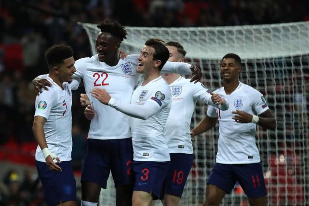 Vùi dập đối thủ tới 7 bàn không gỡ, tuyển Anh chính thức giành vé dự Euro 2020 - Ảnh 4.