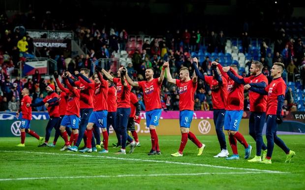Vùi dập đối thủ tới 7 bàn không gỡ, tuyển Anh chính thức giành vé dự Euro 2020 - Ảnh 5.