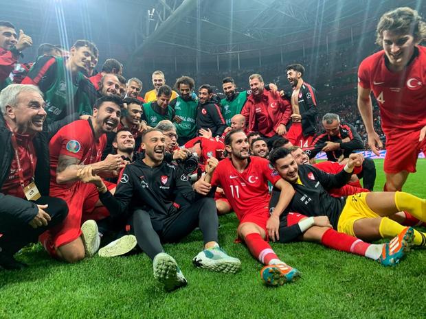 Vùi dập đối thủ tới 7 bàn không gỡ, tuyển Anh chính thức giành vé dự Euro 2020 - Ảnh 8.