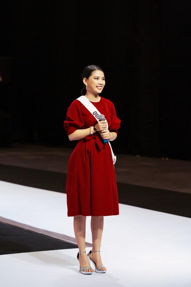 Không dám khóc vì sợ về nhà đi con, cô gái này vẫn bị loại tại Hoa hậu Hoàn vũ VN - Ảnh 2.