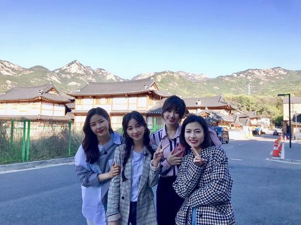 """""""Hộ tống"""" vợ sang Hàn Quốc quay show truyền hình mới, Trấn Thành không quên hẹn Hari Won đi ăn rồi """"tấn công"""" newsfeed giữa đêm - Ảnh 5."""