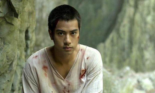 Phim sinh tồn đầu tiên của Thái Lan lên sóng Netflix: Kịch tính, li kì và cả rổ drama - Ảnh 7.