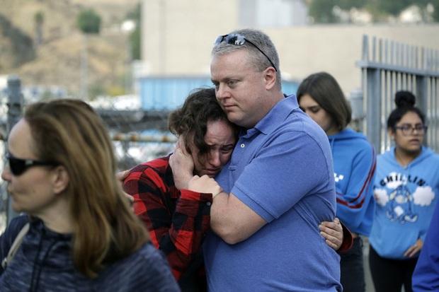 Mỹ: Học sinh gốc Á xả súng ở California, dùng viên đạn cuối tự sát - Ảnh 2.