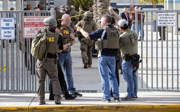 """""""Cơn ác mộng"""" bạo lực do sử dụng súng đạn """"len lỏi vào trường học Mỹ - Ảnh 1."""