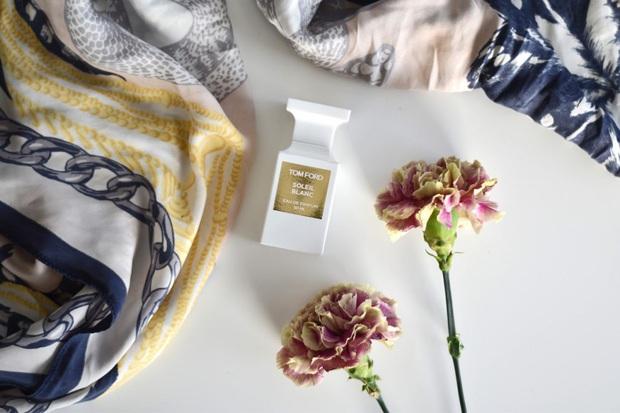 Chỉ với 4 mẹo đơn giản, chai nước hoa yêu quý của bạn sẽ luôn tỏa hương thơm ngát như khi mới mua về - Ảnh 4.