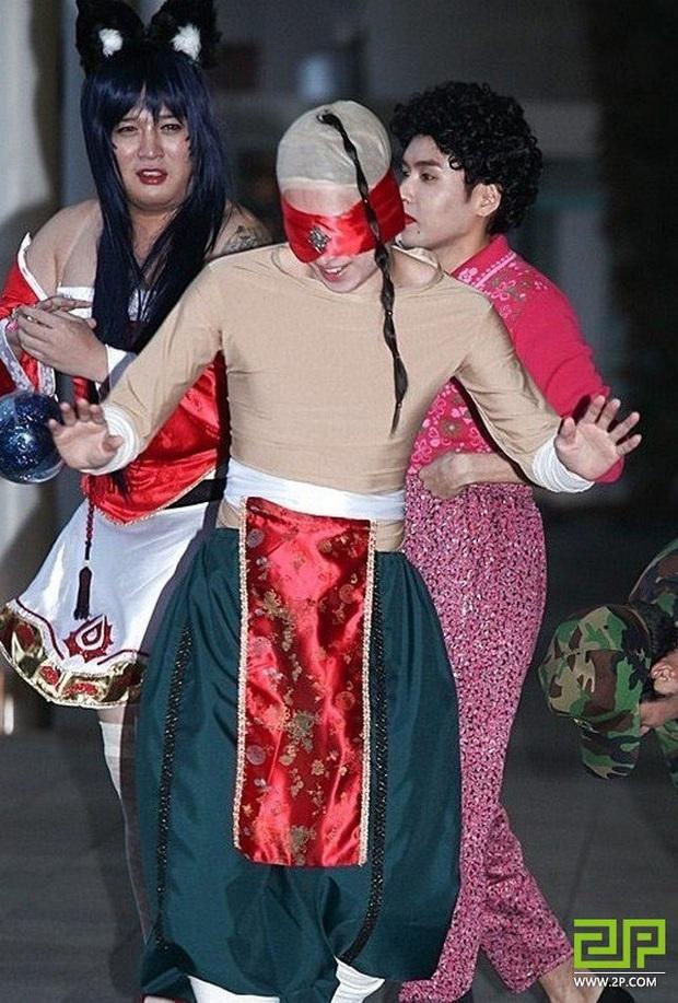 Không chỉ Soyeon (G)I-DLE mang dáng vóc Akali, Kpop còn nhiều gương mặt đậm nét đặc trưng của các vị tướng Liên Minh - Ảnh 18.